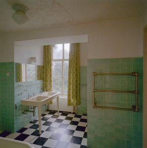 kleurige badkamer tegels