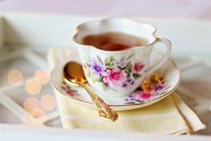 vintage servies romantisch roze bloemen theekopje