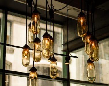 industriële woonkamer werkplek lamp